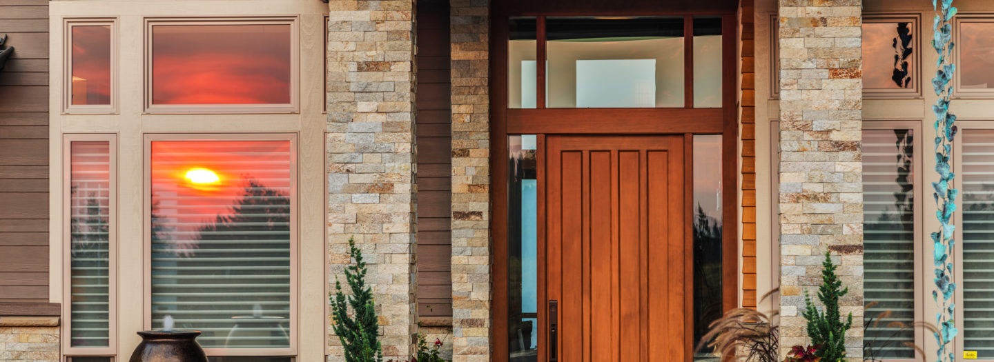 How to Choose the Right Exterior Replacement Door for Your Home